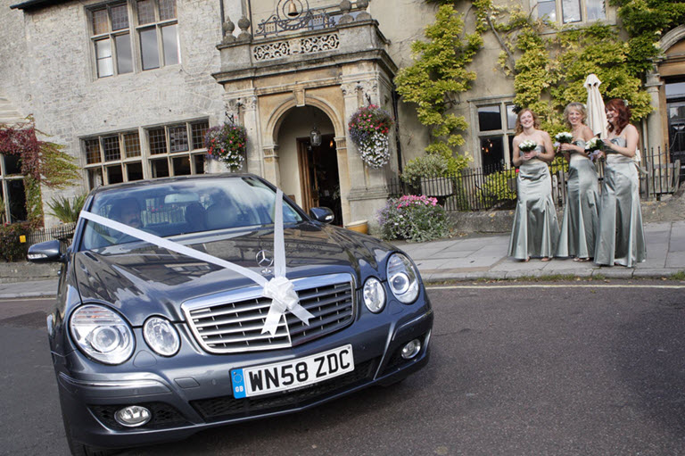 Luxury wedding and civil ceremony chauffeur service